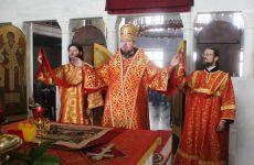 В пятницу Светлой седмицы глава Приморской митрополии совершил литургию в нашем храме