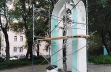 Начата реставрация памятного креста