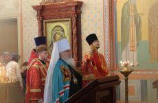 Митрополит Владивостокский и Приморский Вениамин в Казанском храме